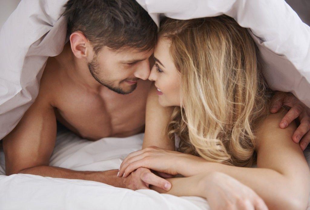 proyavlenie-seksualnogo-vlecheniya-k-muzhchine
